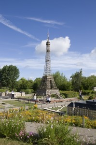 France Miniature Tour Eiffel 199x300 France Miniature