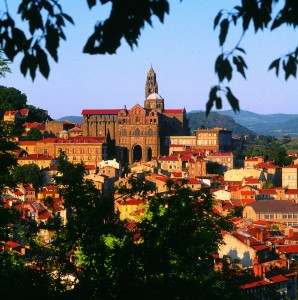 le-Puy-cathedrale
