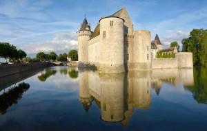 Loiret Château de Sully-sur-Loire
